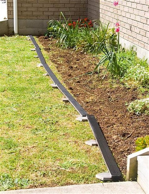 garden bed edging diy pallet garden bed edging