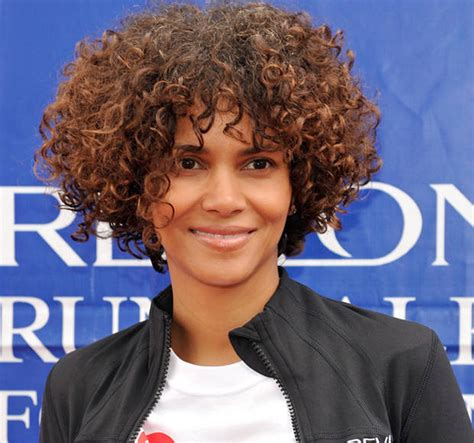 images of curly weaves un bob hairstyles a curly bob un ruly