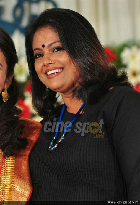 manju pillai  dhanya mary varghese reception