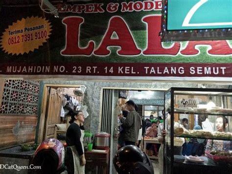 wisata kuliner  palembang pempek palembang review