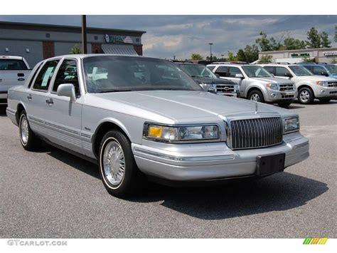 silver lincoln town car 1997 silver pearl metallic lincoln town car