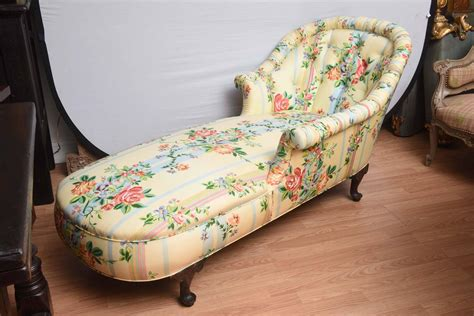pattern chaise lounge fine 1940 s chaise lounge with floral pattern fabric at