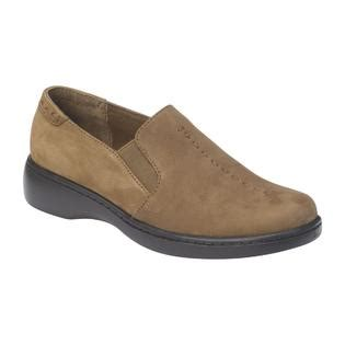 comfort shoes sears i love comfort women s majestic brown tumbled nubuck
