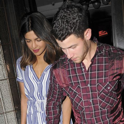 priyanka chopra tiffany engagement ring priyanka chopra flashes engagement ring for the first time