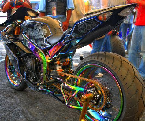 Rainbow Suzuki Enemy2fashion A Few More Bikes Come To