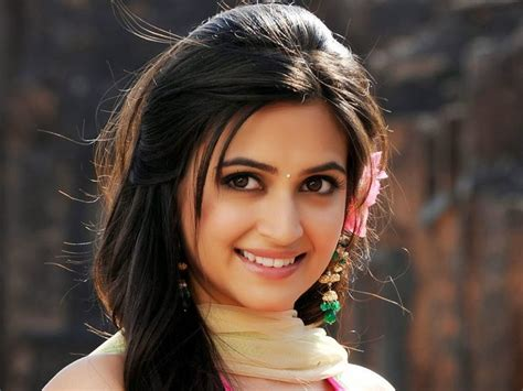 beautiful girls wallpapers full hd wallpaper search south indian girls wallpapers find best latest south