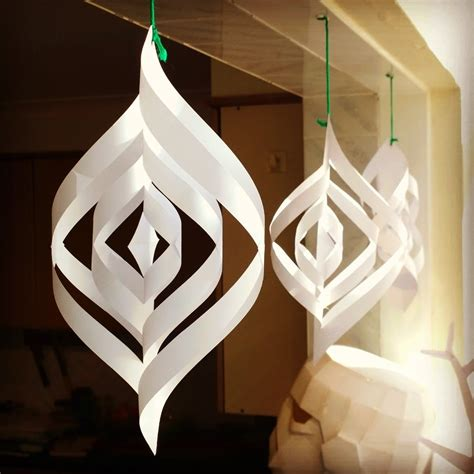 Make Paper Decorations - and easy paper decorations