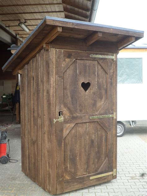 toilettenhaus garten toilettenhaus mobil holzbau pletz