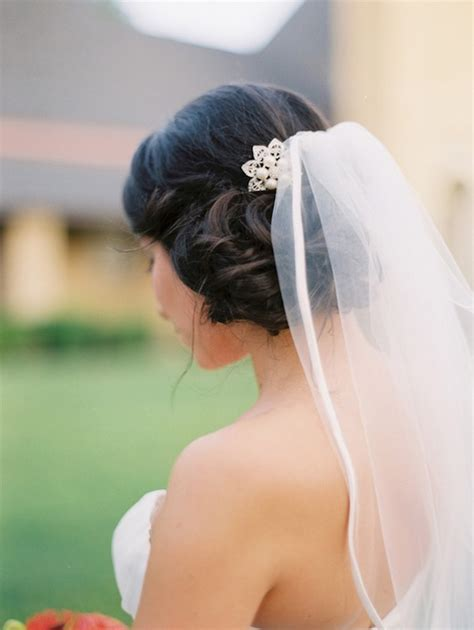 how to comb a bun with side swept bangs bridal hairstyles side bun with veil www imgkid com