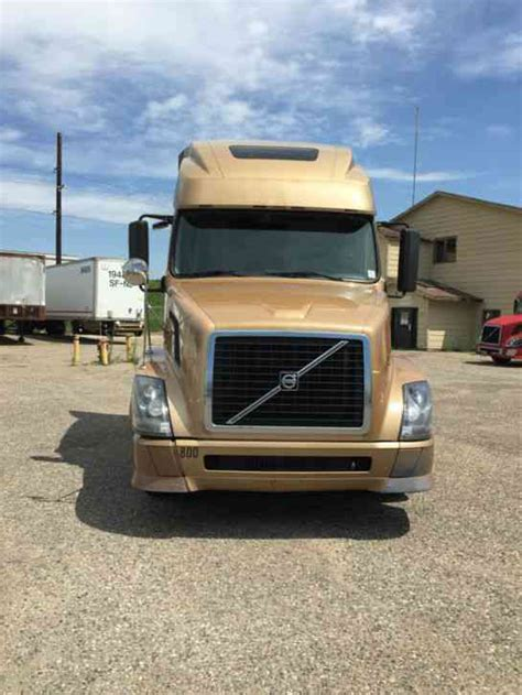 volvo 800 truck volvo 670 2008 sleeper semi trucks