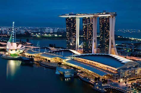 natale christmas singapore marina bay sands marina bay sands review singapore places to go for luxury holidays