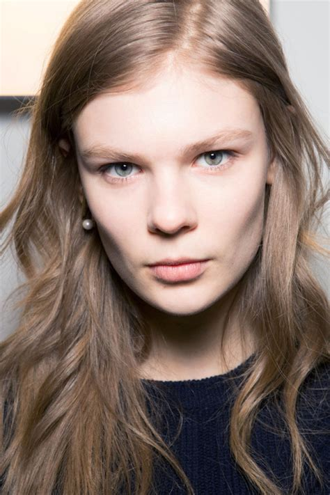 hairstyles and color for fall 2015 runway wavy hairstyles 2015 fall hairstyles 2017 hair