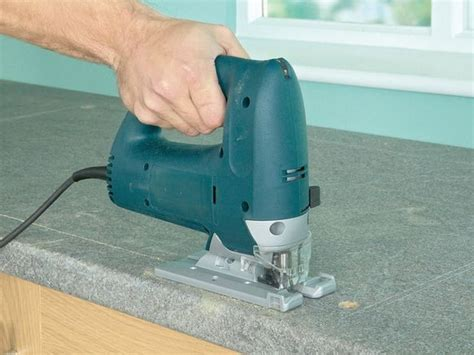 How Do I Cut Laminate Countertop by R 233 Aliser L Encastrement D Un 233 Vier Sur Un Plan De Travail
