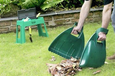Gardeners Supply Leaf Collector Garden Leaf Grabber Set Forest Green Set Of 2 Grabbers
