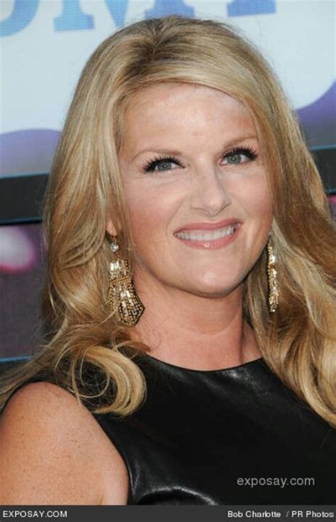 trisha yearwood shaggy hairstyle 216 best images about hair on pinterest angled bobs