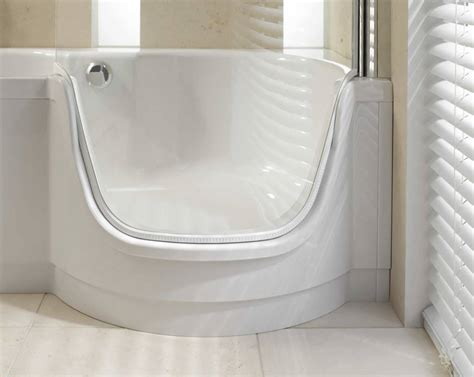 deep bathtubs with shower the advantages of deep bathtubs all about house design