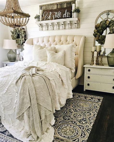 bedroom cozy 25 best ideas about cozy bedroom decor on pinterest cozy room apartment bedroom