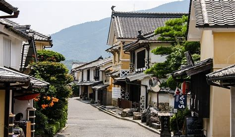 Japanese Town | uchiko travel yokaichi old town