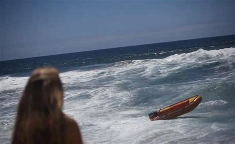driving boat in waves video lifeguards boat gets loose swerves around ny