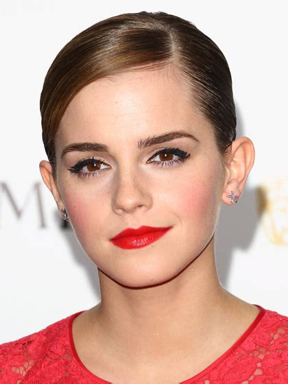 natural makeup tutorial with red lips copy celebrity makeup and look awesome easy 10 min step
