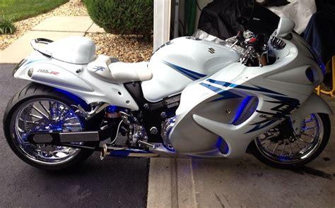 White Suzuki Hayabusa 2009 White Blue Custom Hayabusa Clean