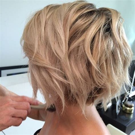 sexy bob haircut with chunky red highlites best 25 messy short hairstyles ideas on pinterest messy