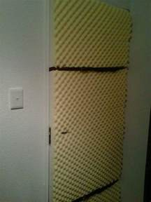 soundproof bedroom door soundproofing apartment door
