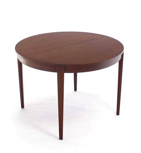 round dining room tables with extensions round dunbar dining table with four extension leaves for