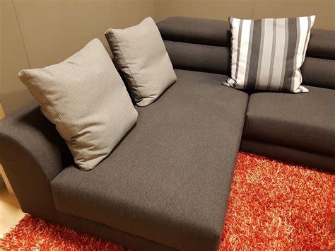 divani e divani chaise longue divano biba master divani con chaise longue divani a