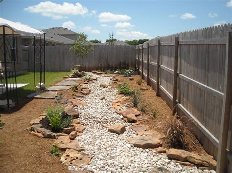 backyard bed dry creek bed with decomposed granite beds and flagstone