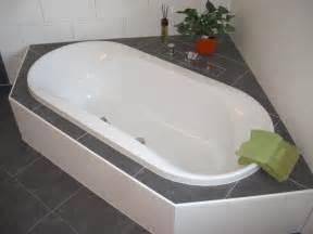 ovale badewannen badewanne hoesch spectra ovalbadewanne 170x80cm 6480 010