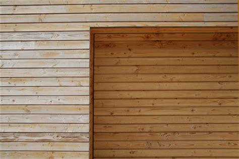 Aussenwand Holz Verkleiden Was Sie Unbedingt 252 Ber Eine Holzverkleidung Der Wand