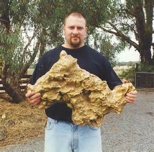 third largest gold nugget in the world discovered in australia