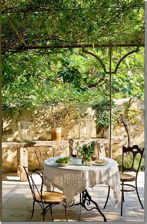Outdoor Patio Dining by Best 25 Patio Ideas On