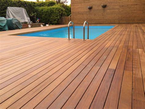 pavimento iroko progettare spazi verdi parquet da esterno per terrazzo e