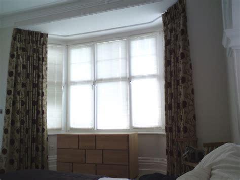 curtains on tracks curtains tracks on the ceiling eyelet curtain curtain