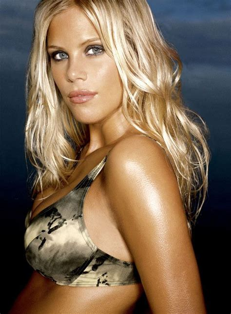 Tiger May Sue Mag For Elin Nordegren Pics by Fox Trending Now Elin Nordegren