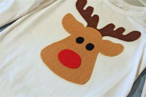 pattern for felt reindeer head noodles milk too cute reindeer shirt a tutorial