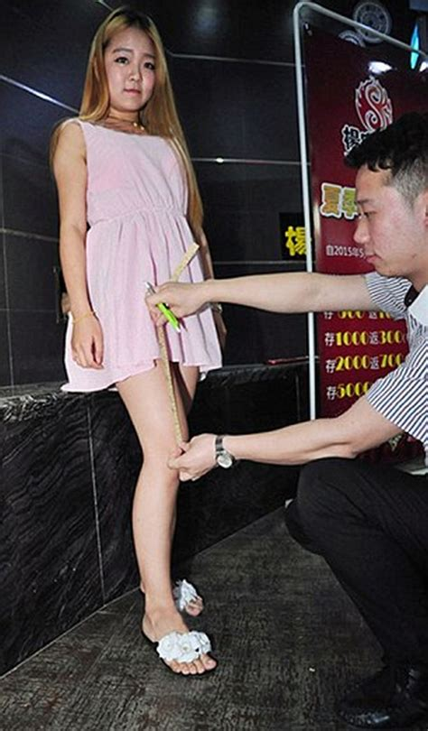 women wearing short dresses at restaurants the best of wtf top weirdest stories of 2015 rediff com
