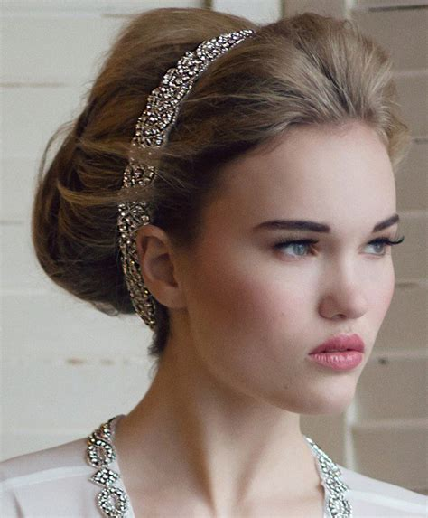 Wedding Hairstyles Updo With Headband by 11 Stunning Wedding Hairstyles With Veils And Hairpieces