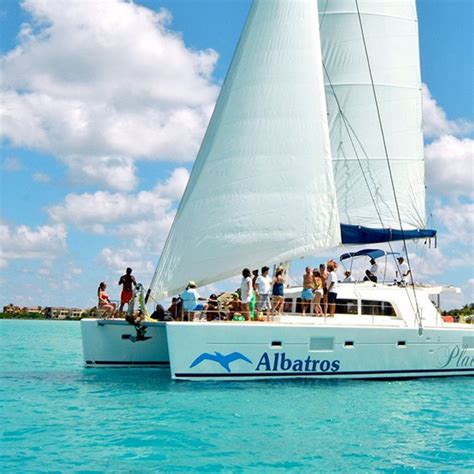 catamaran cruise to isla mujeres cancun isla mujeres catamaran plus tour 57 00 usd