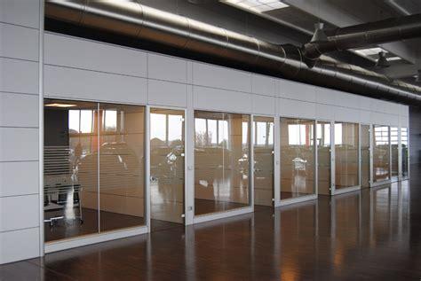 pareti attrezzate uffici pareti attrezzate ufficio fgm giambellini
