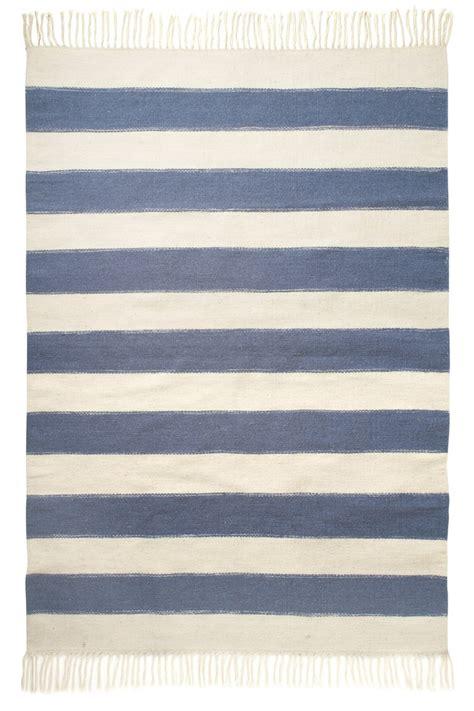 blue striped rug blue striped rugs roselawnlutheran