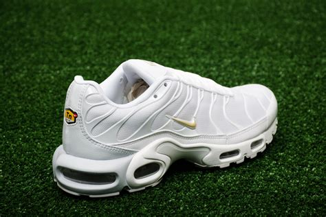 nike plus sneakers nike air max plus shoes casual sporting goods sil lt