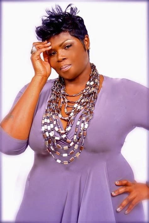 where does razor chic of atlanta get her clothes from hair mobility