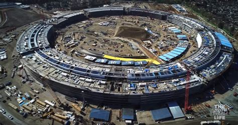 Apple Neubau by New Apple Cus Drone Vid Shows Tim Cook S Pile Of