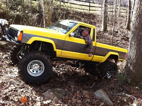 comanche jeep lifted built yellow 89 comanche lifted jeep forum