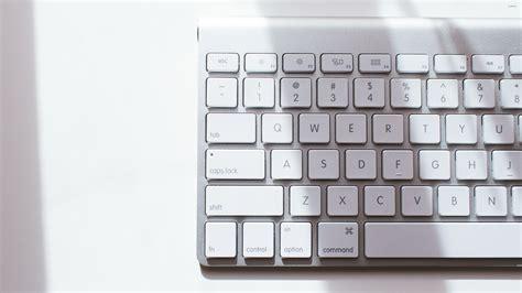 wallpaper keyboard pc mac keyboard wallpaper computer wallpapers 34364