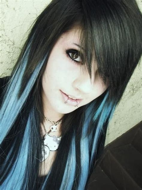 what is haircolor when bottom is darker than top black and blue hair color except i want my blue just on