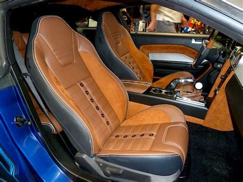 t and t upholstery interior restoration takes stage at sema 2013